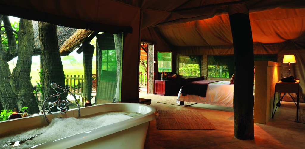 The Hide Standard Tent Bath 082